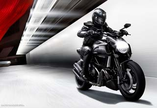 DUCATI Diavel Dark