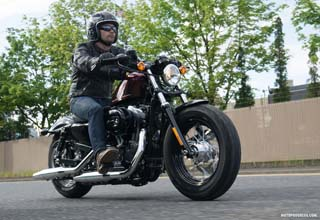 HARLEY-DAVIDSON Sportster Forty Eight