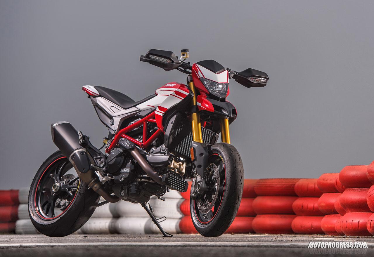Ducati Hypermotard 939 >> DUCATI Hypermotard 939 SP 2016 fiche technique