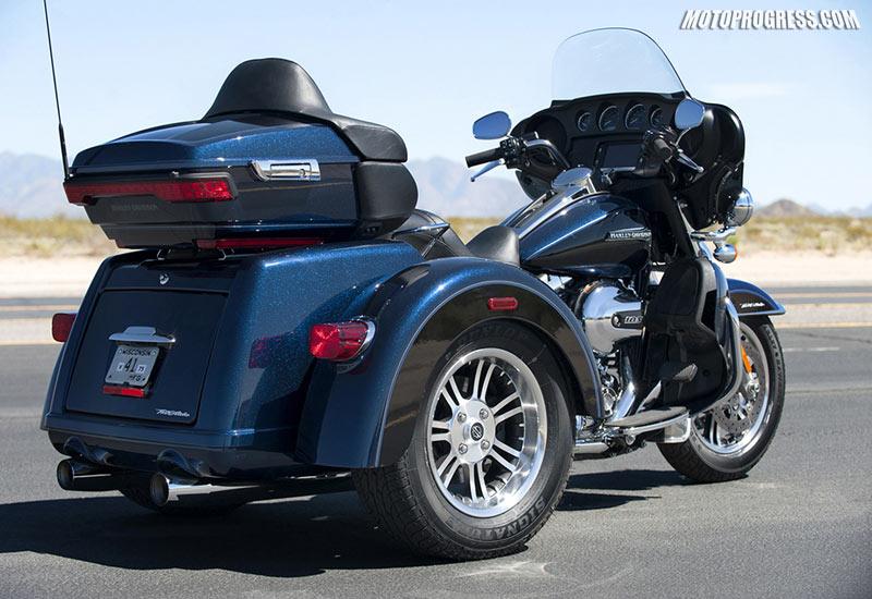 The 2016 Harley Davidson Tri Glide Ultra Provides Three: HARLEY-DAVIDSON Trike Tri Glide Ultra 2016 Fiche Technique