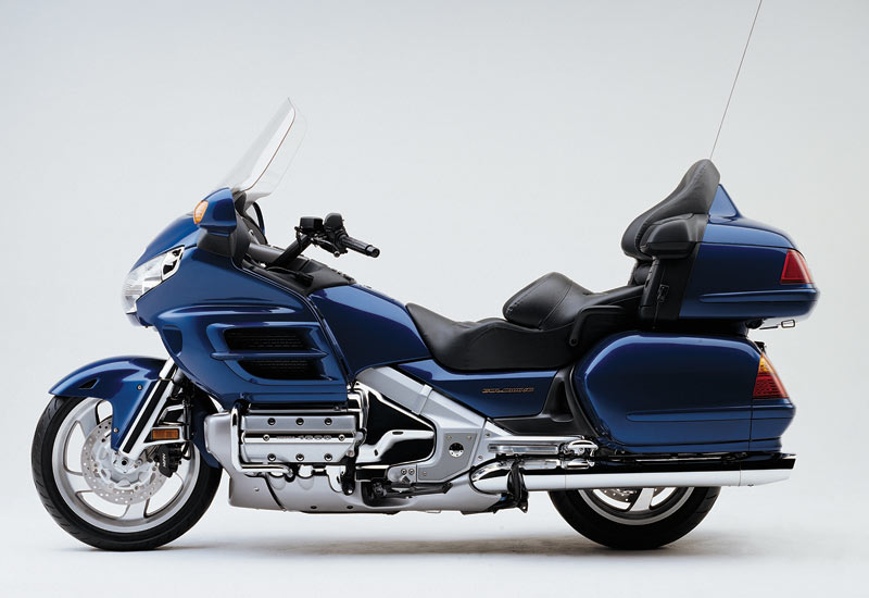 honda gl 1800 gold wing 2002 fiche technique. Black Bedroom Furniture Sets. Home Design Ideas