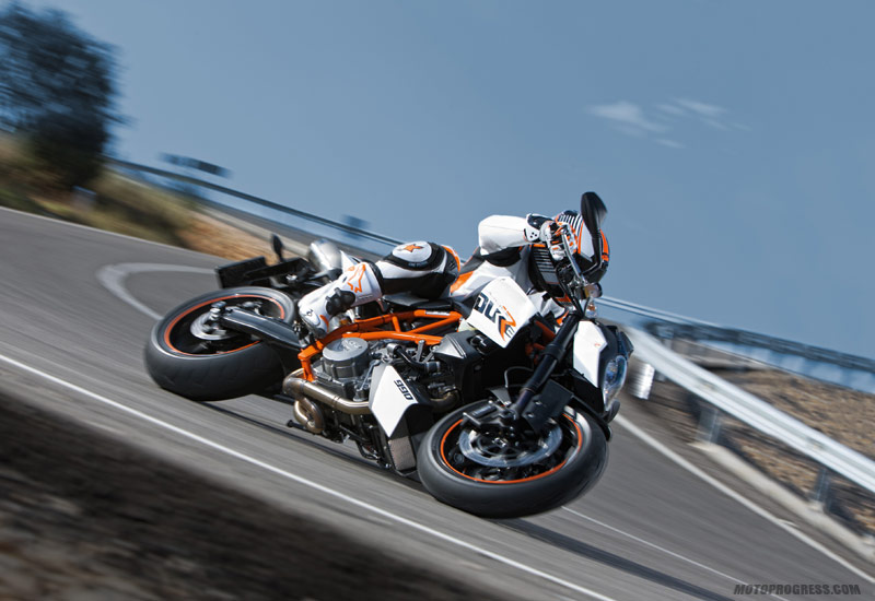 ktm 990 super duke r 2013 fiche technique. Black Bedroom Furniture Sets. Home Design Ideas